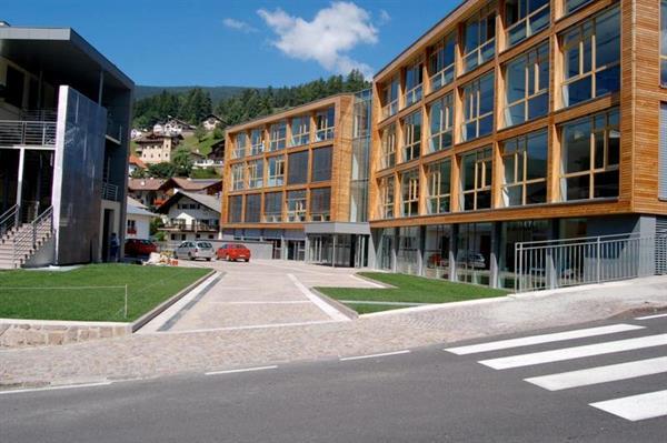 Scuola professionale per l\'Artigianato artistico della Val Gardena ...